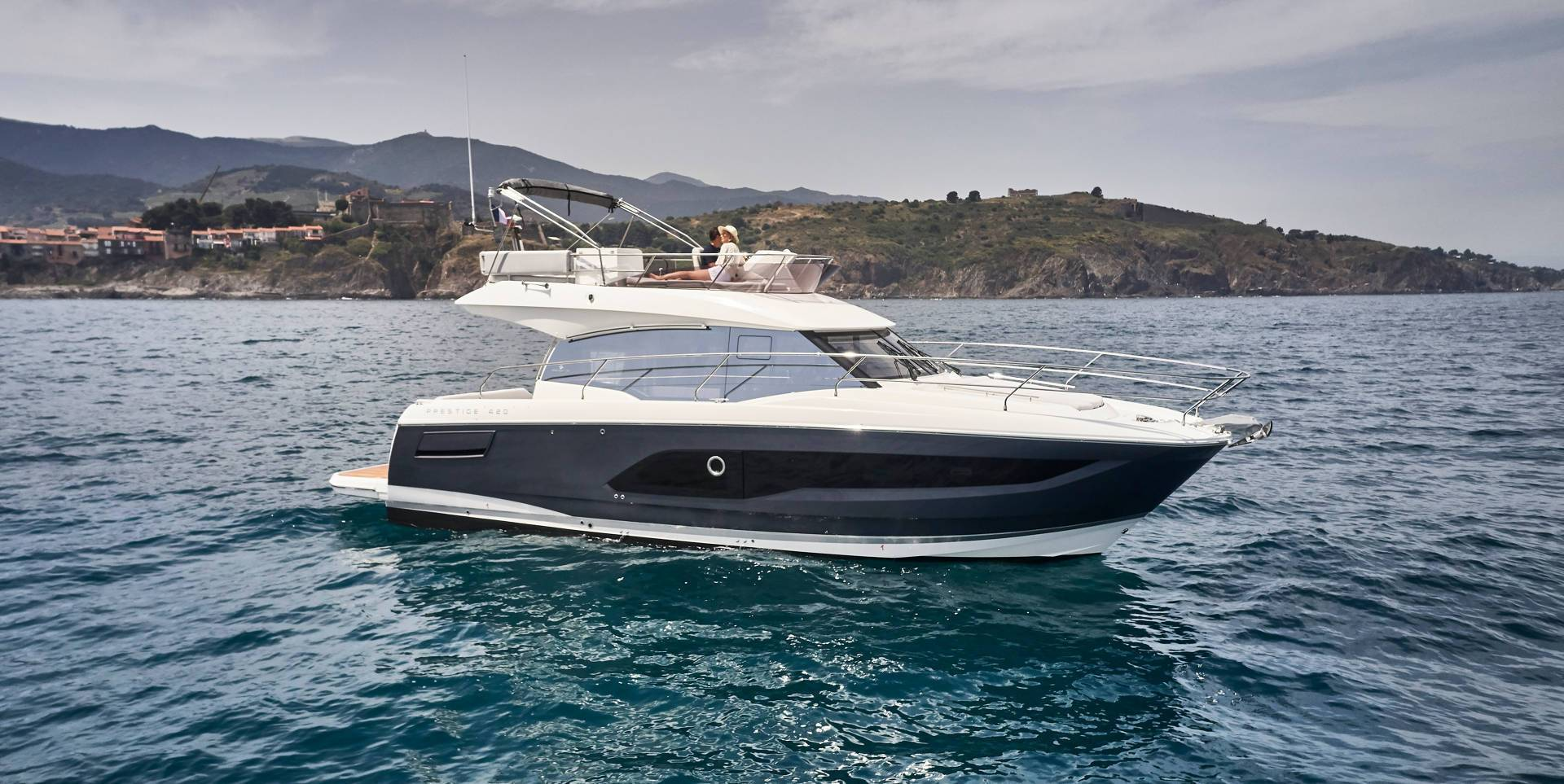 prestige yacht 420