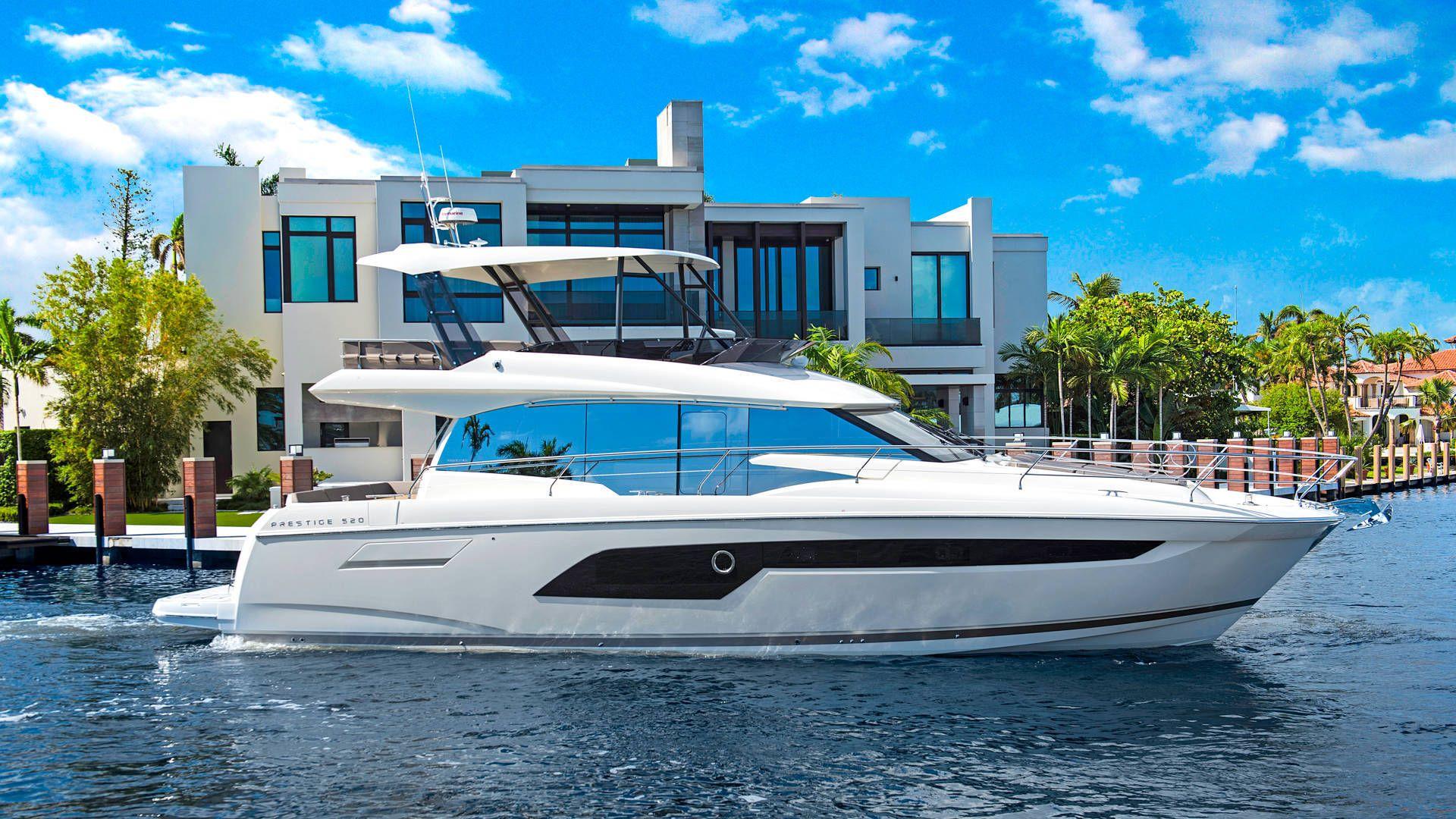 prestige yacht 520 fly