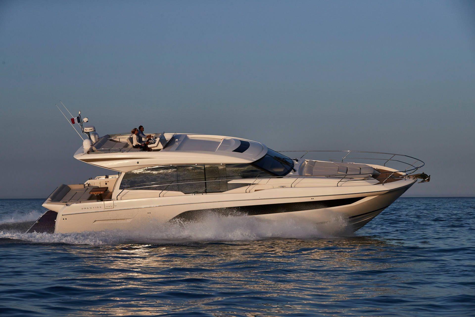 prestige yacht 590S